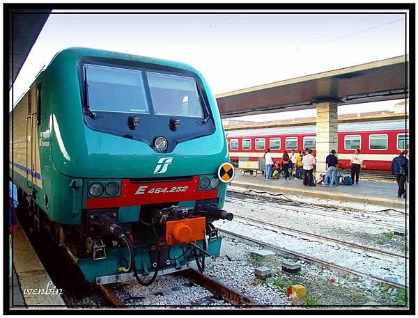 搭火車出威尼斯