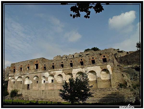 龐貝古城的外城牆
