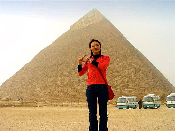 卡夫拉王金字塔