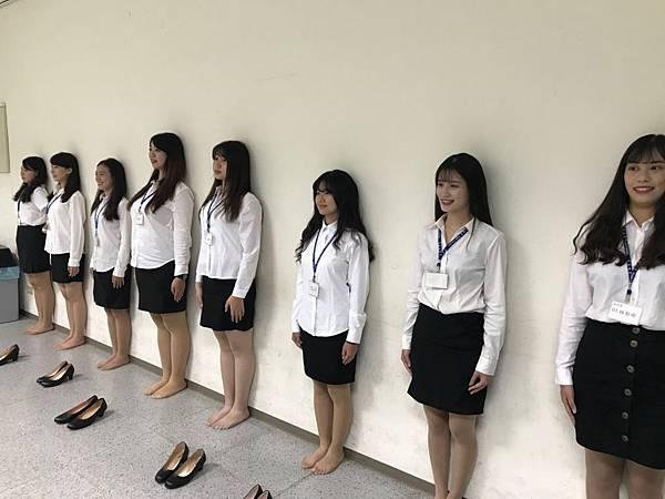 【圖一】15屆學員們貼壁訓練。.jpg