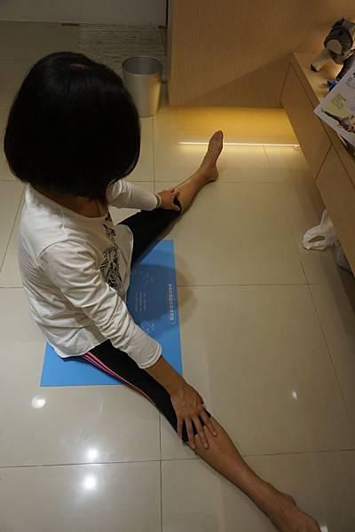 劈腿角度測量 (4).JPG