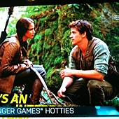Hunger-Games-EW-Liam-and-Katniss.jpg