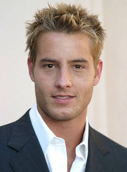 Justin Hartley3.jpg