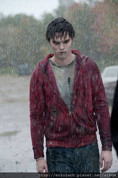 warm-bodies-movie-image-nicholas-hoult.jpg