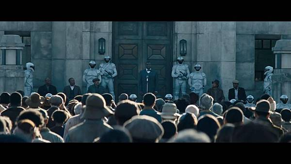 The Hunger Games_ Catching Fire - Exclusive Teaser Trailer_(1080p).mp4_snapshot_00.11_[2013.04.15_17.43.54]