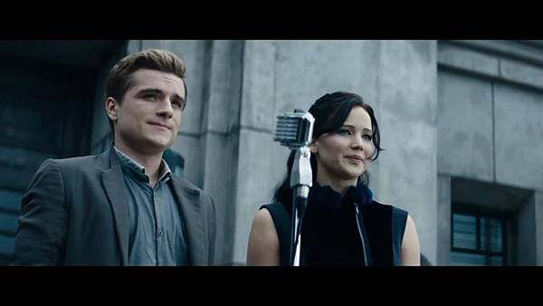 The Hunger Games_ Catching Fire - Exclusive Teaser Trailer_(1080p).mp4_snapshot_00.23_[2013.04.15_17.44.59]