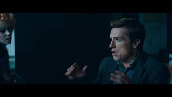 The Hunger Games_ Catching Fire - Exclusive Teaser Trailer_(1080p).mp4_snapshot_01.03_[2013.04.15_17.47.06]