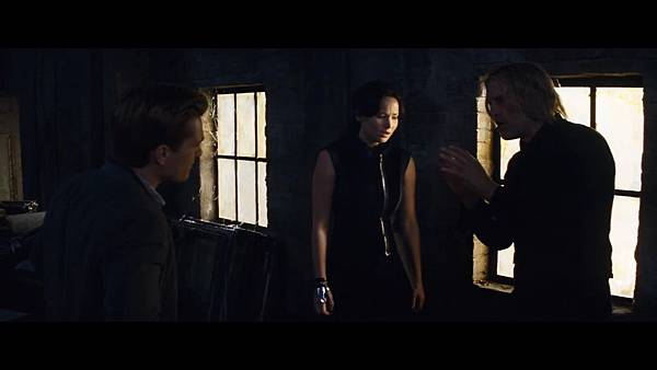 The Hunger Games_ Catching Fire - Exclusive Teaser Trailer_(1080p).mp4_snapshot_01.11_[2013.04.15_17.47.22]