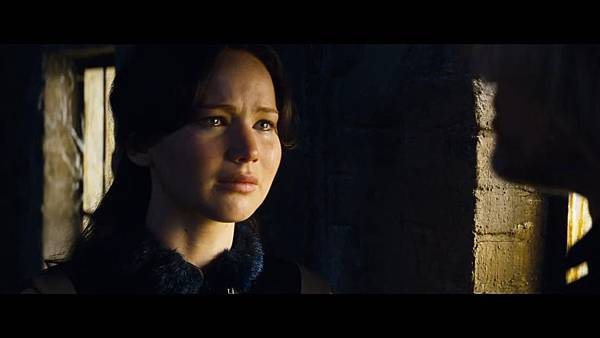 The Hunger Games_ Catching Fire - Exclusive Teaser Trailer_(1080p).mp4_snapshot_01.12_[2013.04.15_17.47.24]