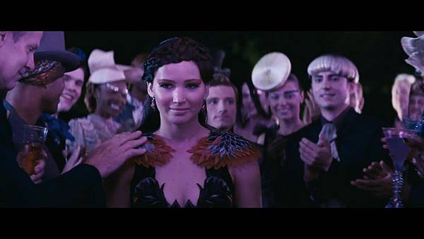 The Hunger Games_ Catching Fire - Exclusive Teaser Trailer_(1080p).mp4_snapshot_01.22_[2013.04.15_17.48.02]