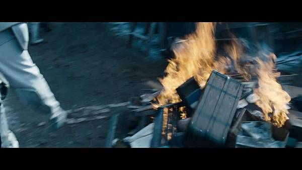 The Hunger Games_ Catching Fire - Exclusive Teaser Trailer_(1080p).mp4_snapshot_01.39_[2013.04.15_17.48.59]