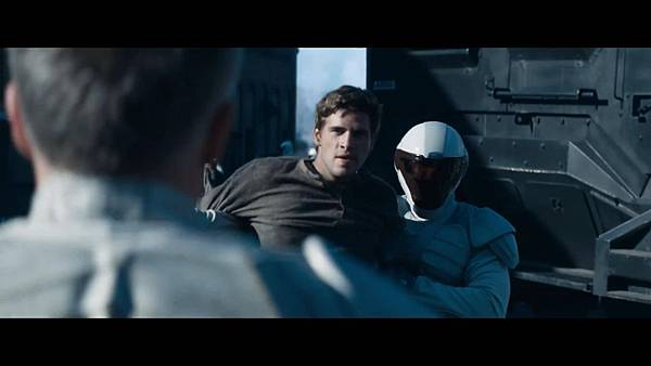 The Hunger Games_ Catching Fire - Exclusive Teaser Trailer_(1080p).mp4_snapshot_01.47_[2013.04.15_17.49.20]