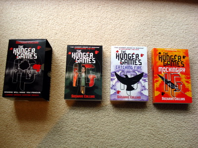 Hunger Games books_03.jpg