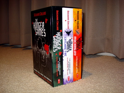 Hunger Games books_02.jpg