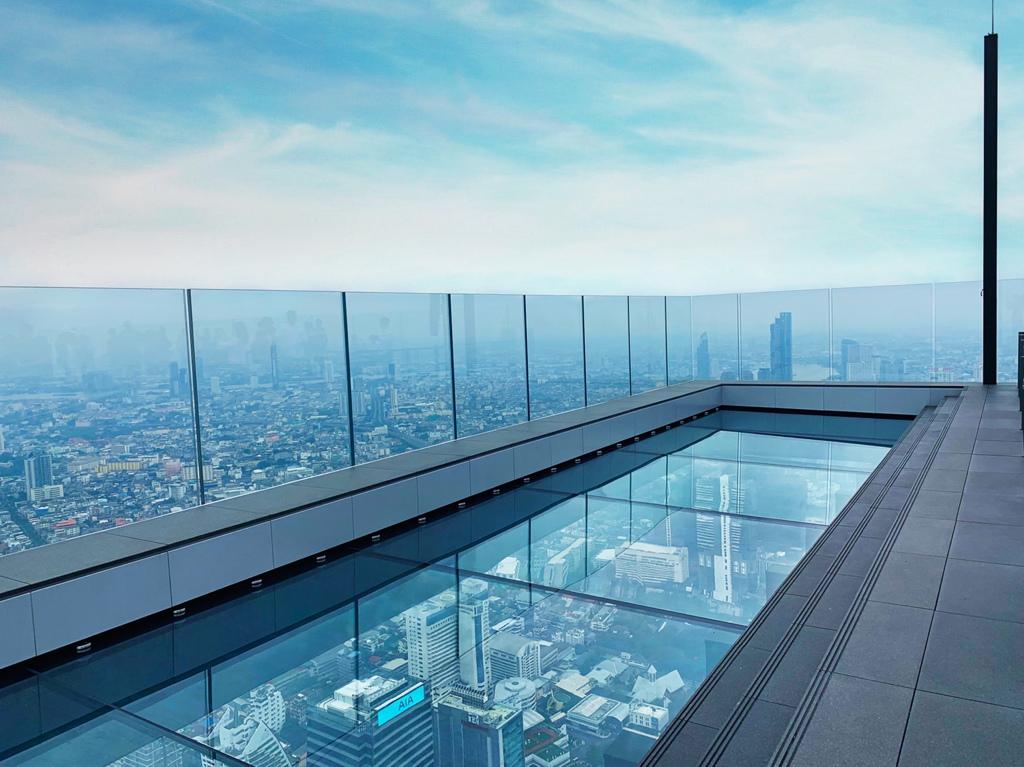 曼谷第一高觀景台 Mahanakhon Skywalk 全透明玻璃地板
