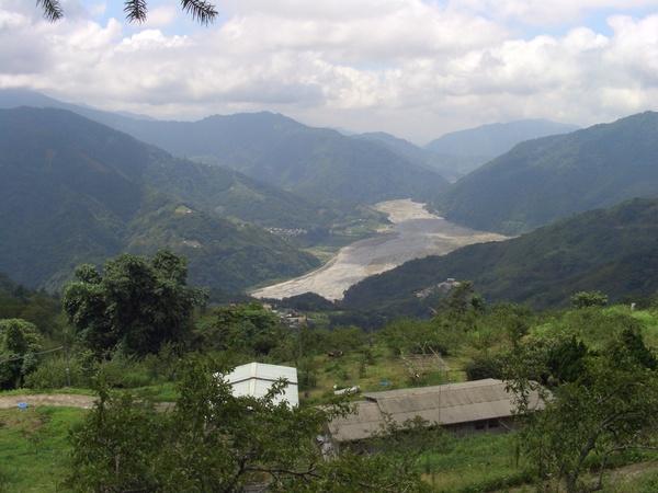 壯闊的大安溪谷
