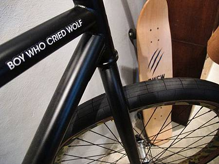 SEHUN簽名腳踏車