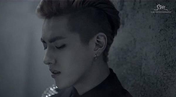 EXO-M「上癮(Overdose)」
