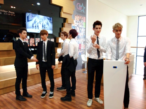 EXO @ Gangnam Tourist Information Center