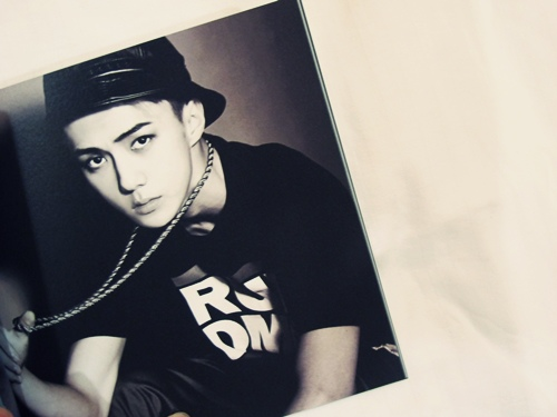 EXO第二張迷你專輯《OVERDOSE》
