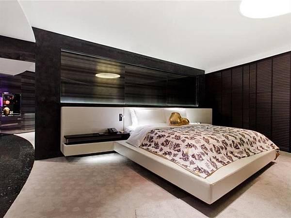 W HOTEL02