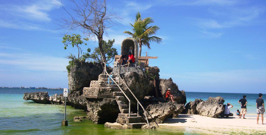 聖母礁岩 - 複製.JPG