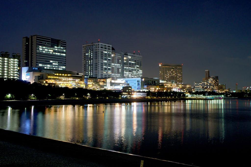 Odaiba_Kaihin_Park_Tokyo_Japan01s5.jpg