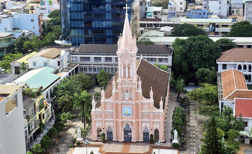 da-nang-cathedral.jpg