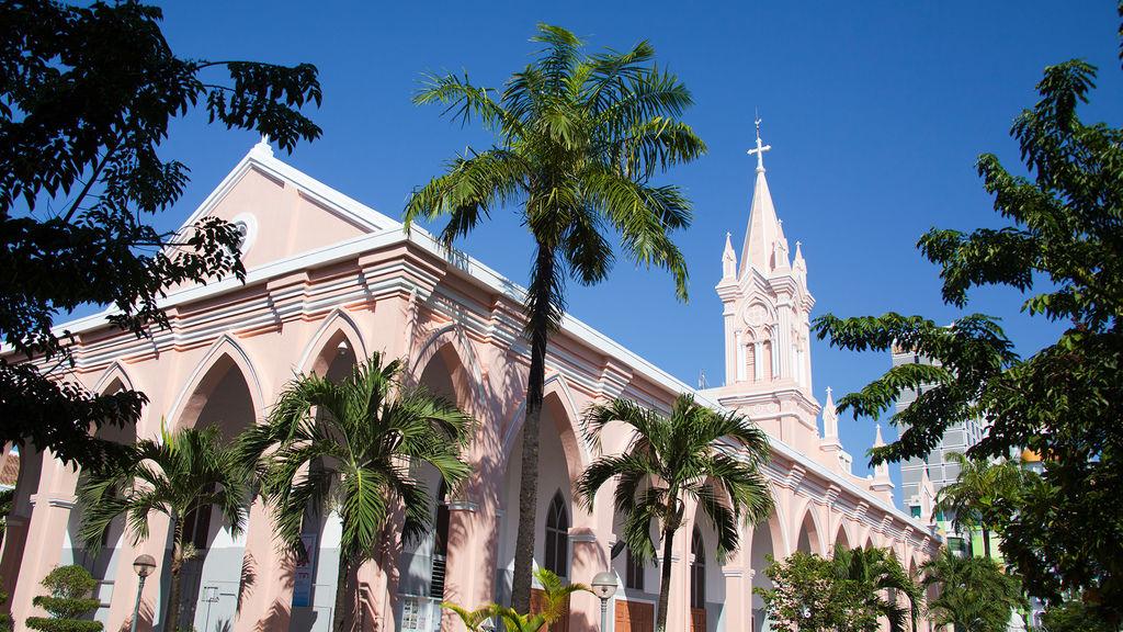 danang-cathedral-da-nang.jpg