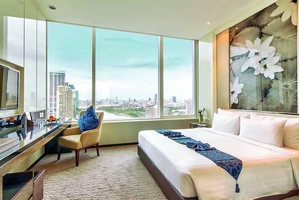 Executive Suite-Bedroom (2).jpg