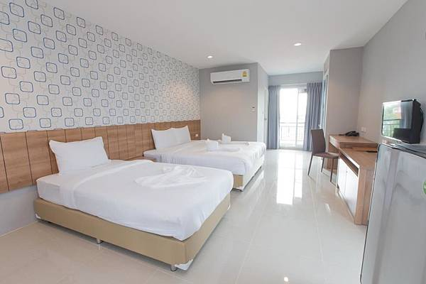 曼谷就是要住臥室(叻拋101巷)旅館~~_170525_0002.jpg