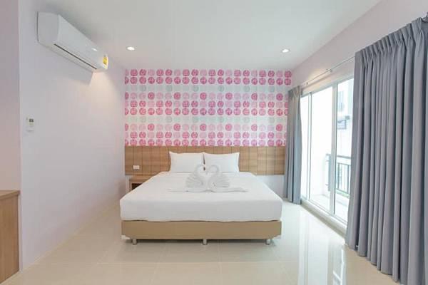 曼谷就是要住臥室(叻拋101巷)旅館~~_170525_0004.jpg