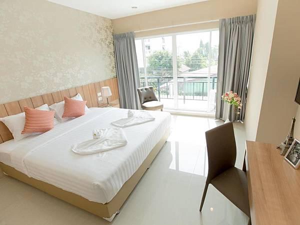 曼谷就是要住臥室(叻拋101巷)旅館~~_170525_0009.jpg