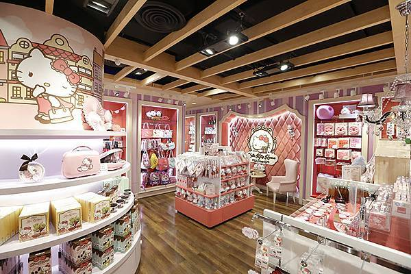 Sanrio-Hello-Kitty-House-Bangkok-dooddot-1.jpg