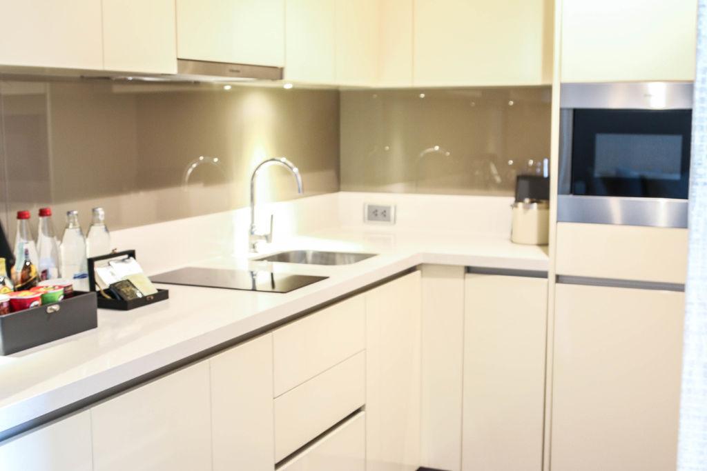 oriental-residence-bangkok-hotel-kitchen.jpg
