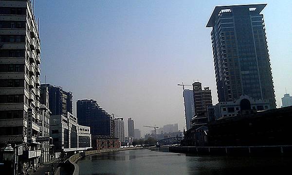 西藏路橋東面