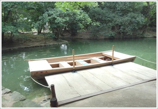 第19景-南湖中的千秋丸