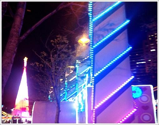 歡樂聖誕樹夜景-3