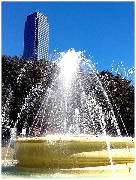 Ferris Plaza Park-2.jpg