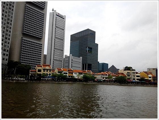 新加坡河岸