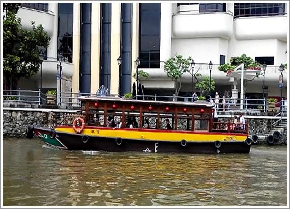 River Taxi-2