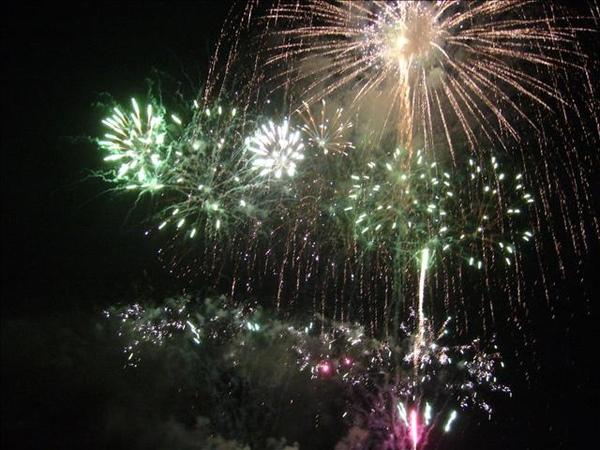 澎湖鳥嶼的第三天-晚上行程-澎湖觀音亭-花火節閉幕煙火43