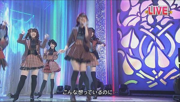 AKB48_-_Everyday,_Katyusha_(Tonneruzu_ga_Nama_Housou!_Ongaku_Bangumi_Zenbu_Misemasu!!_-_Neikyoku_de_Genki_ni_Narou_-_-_2012.03.21)[11-11-51]