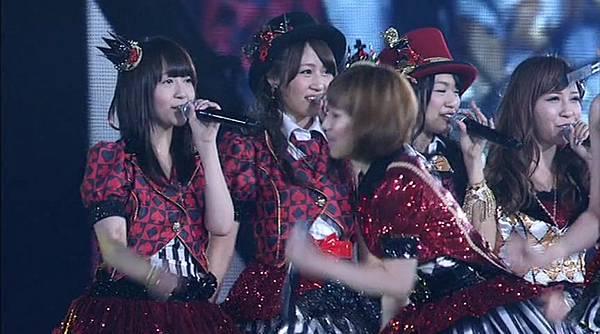 [演唱會]AKB48 in TOKYO DOME~1830mの夢 初日上半場.mkv_20121126_194245.485