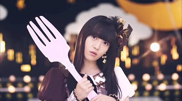 [高清正式PV]AKB48 29th - チームB推し.mkv_20121201_210816.036
