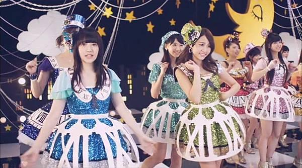 [高清正式PV]AKB48 29th - チームB推し.mkv_20121201_210843.946