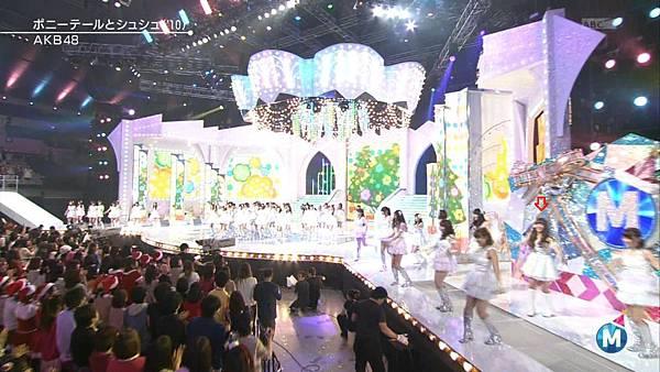 [lwtnbmy] AKB48 - フライングゲット & ギンガムチェック & 永遠プレッシャー & ポニーテールとシュシュ (MSSL 2012.12~.ts_20121223_141615.227