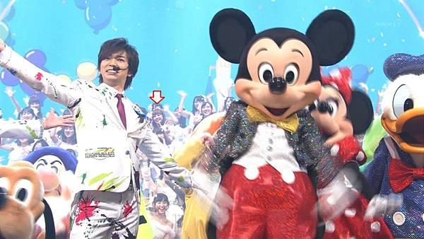 [lwtnbmy] Disney Character×嵐×AKB - ______________ (紅白歌合_ 2012.12.31).ts_20121231_193046.508