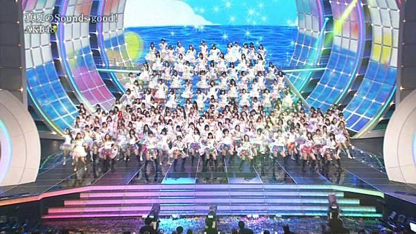 [lwtnbmy] AKB48×SKE48×NMB48 - UZA + ギンガムチェック + 真夏のSounds Good + Talk (紅白歌合戦 2012.12.31).ts_20121231_220944.189