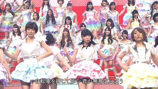 [lwtnbmy] AKB48×SKE48×NMB48 - UZA + ギンガムチェック + 真夏のSounds Good + Talk (紅白歌合戦 2012.12.31).ts_20121231_220655.475